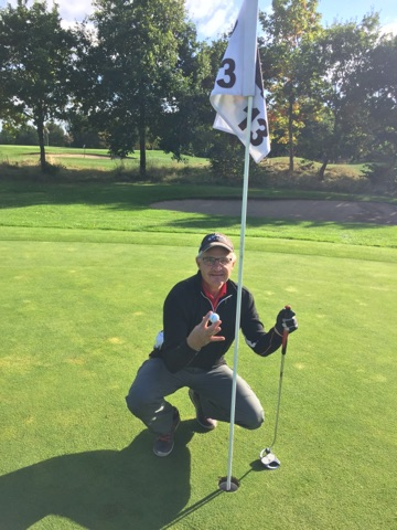hole-in-one-4-okt